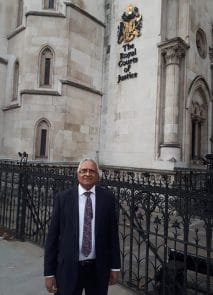 Dr Mehta in front of Court of Justice